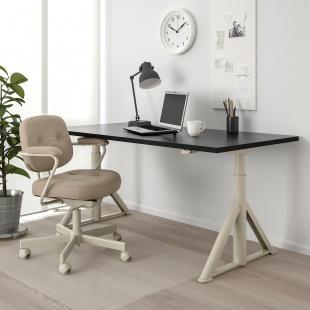 Системи столів, ніжки та стільниці